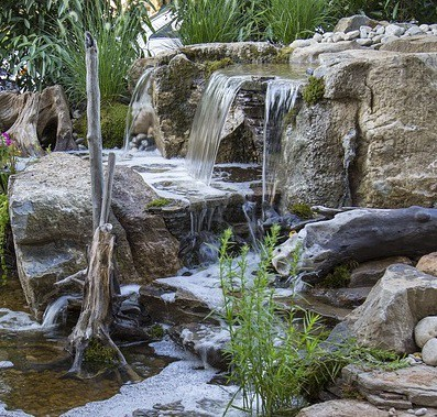 Benefits Of A Waterfall Filter For Garden Ponds