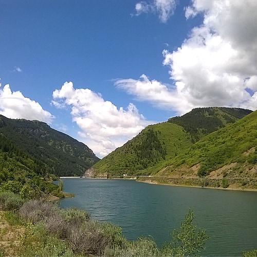 Ogden dam in Pineview Reservoir, Utah